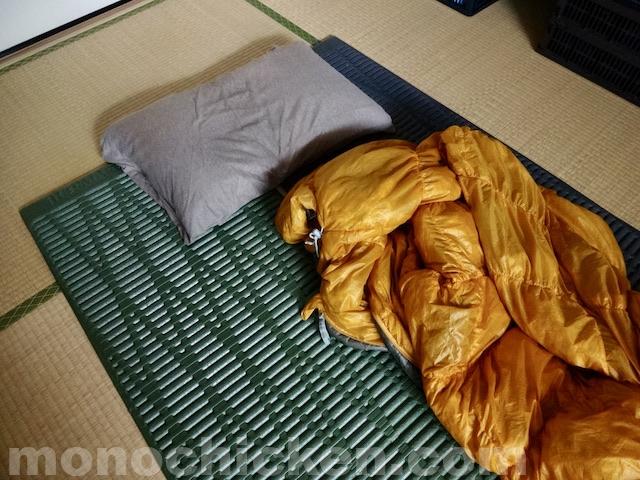 家で寝袋で寝る/家でテントマットで寝る暮らし 7年目突入 約2190日経過 〜山と旅に向けたその暮らし〜 画像