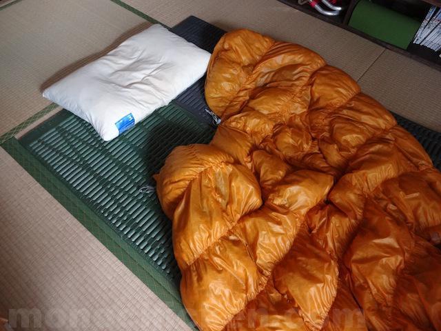 家で寝袋で寝る/家でテントマットで寝る暮らし約730日(二年)が過ぎ三年目突入 画像