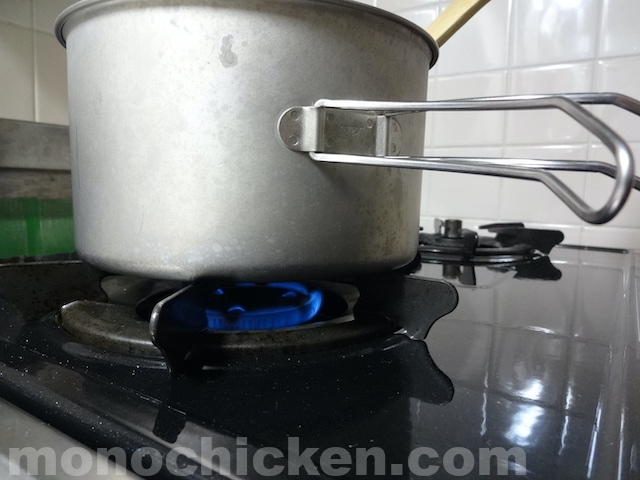 チタンクッカーでカレーを作るとクッカーがどうなってしまうのか!?気になるその焦付き、汚れ、そして匂いは? 画像