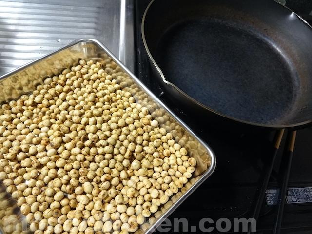 【煎り大豆】作り方は全く同じでも「鉄系のフライパン」で煎ったら驚くほど違った仕上がりに!(作り方もあり) スキレット10インチ/ユニフレーム 画像