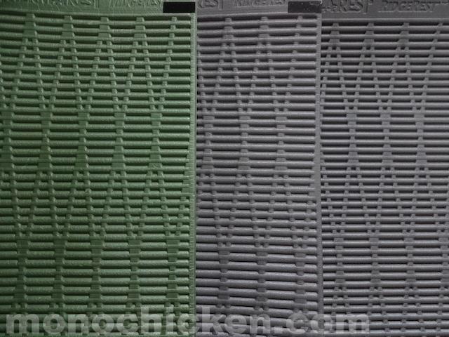 使用約2500日、2000日、そして0日(未使用)の【リッジレスト/サーマレスト】3枚 画像比較 その比較で気付いた「明らかな違い」とは 画像